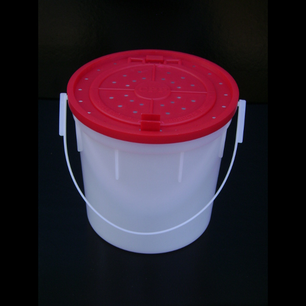 50055 4 Qt Minnow Bucket Challenge Plastic Products Inc